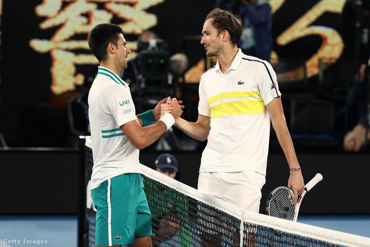 A 2021-es Australian Open döntőjében már találkozott egymással Djokovics és Medvegyev, akkor a szerb kérdés nélkül nyerte a finálét.