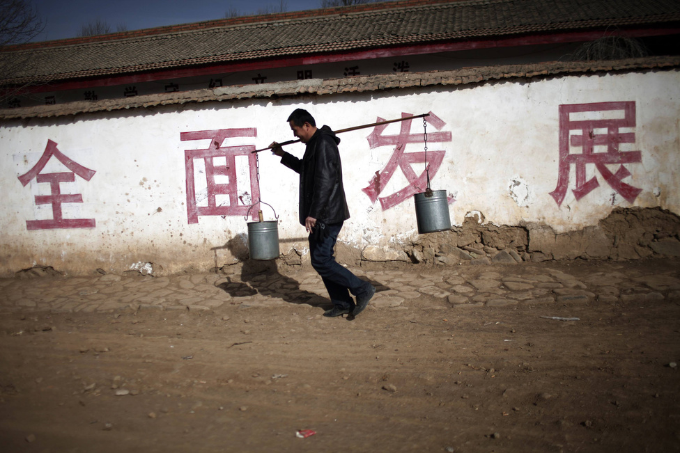 Megoldásra váró problémák hosszú sorával kezdi meg kormányzását márciusban az új kínai vezetés.