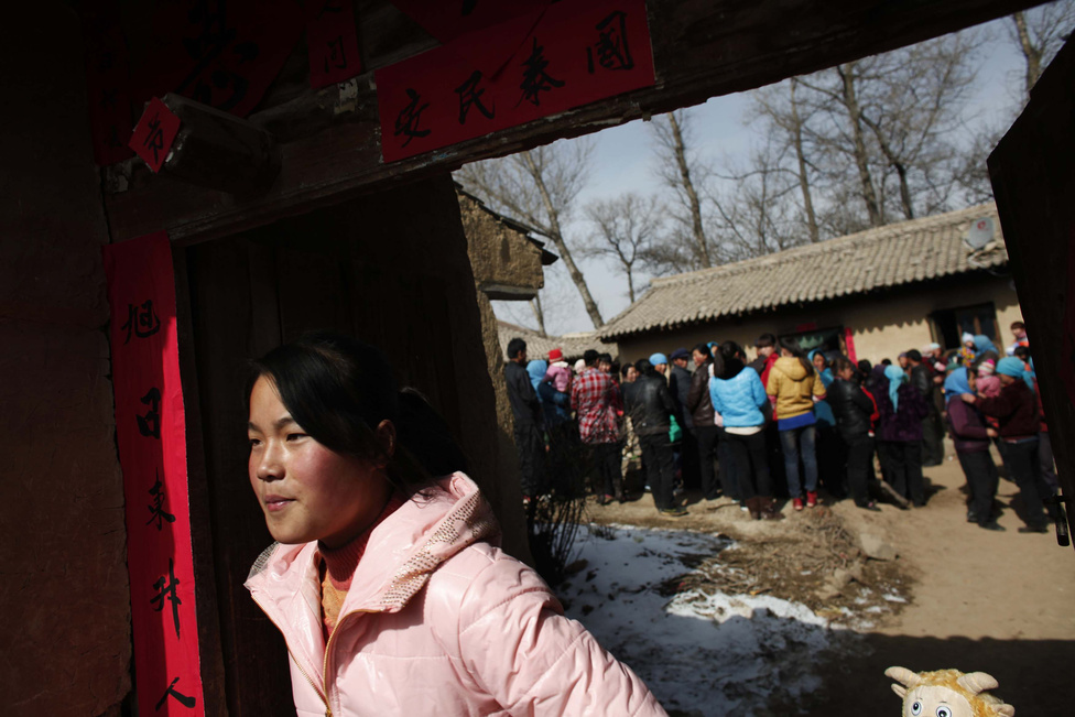 Számos vidéki tartományokban két gyerekük is lehet a családoknak, ha az első gyermek lány.