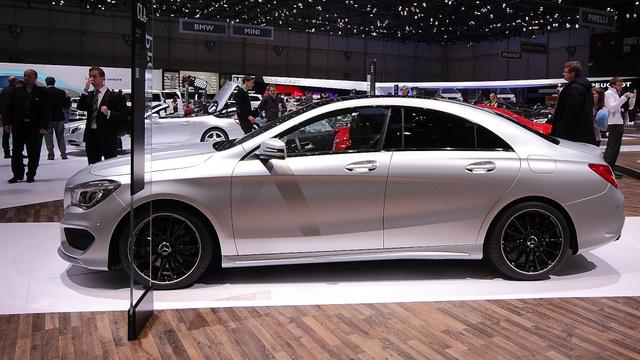 Elgondolkodtató, hogy az alaktényezője alig rosszabb, mint a VW XL1 fogyasztásrekorder autónak: 0,22 a 0,189 ellenében