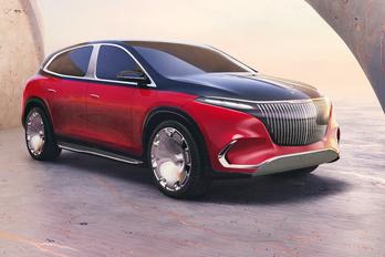 Óriási elektromos luxusterepjárót is mutatott a Mercedes
