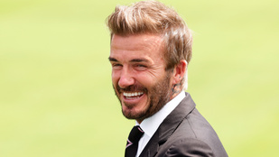 David Beckham meztelen feneket villantott, de nem ő az egyetlen, aki megmutatta csupaszon