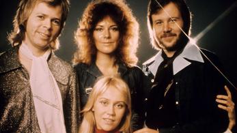 Negyven év után újra két ABBA-dal tarol a brit slágerlistán