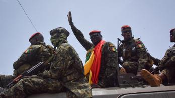 Feloszlatta a parlamentet a guineai katonai junta vezetője