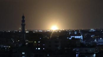 Ismét bombák hullottak Gázára
