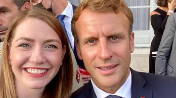 Ezért kapták lencsevégre Donáth Annát Emmanuel Macronnal