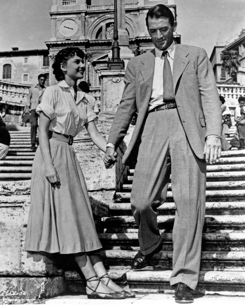 Audrey Hepburn mindenkit elvarázsolt kifinomult stílusával a Római vakáció című filmben.