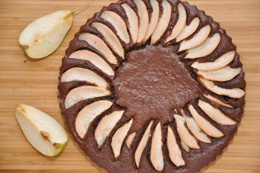 Csokis-körtés süti gyömbérrel bolondítva: a gyümölcstől még puhább, szaftosabb a tészta