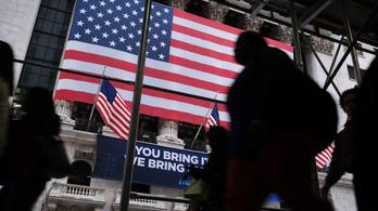 Brit elemző: Hanyatlik az amerikai világrend