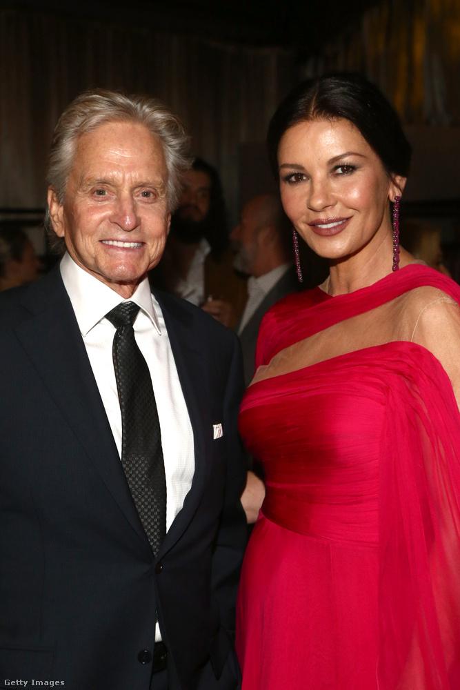 Michael Douglas és Catherine Zeta-Jones New York-i esküvőjére több mint 350 vendég volt hivatalos