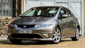 Használtteszt: Honda Civic 1.8 Executive i-Shift – 2006.