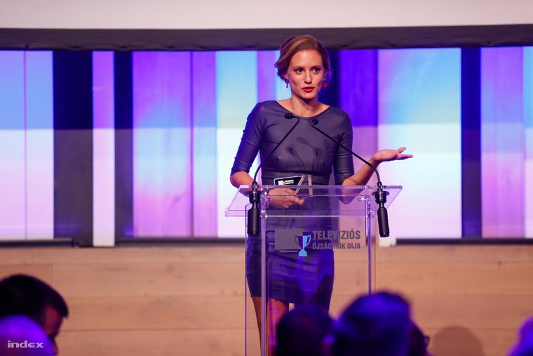 A legjobb színésznő kategóriát Sztarenki Dóra nyerte, méghozzá az RTL Klubon futó Mellékhatás című sorozatban nyújtott alakításáért.