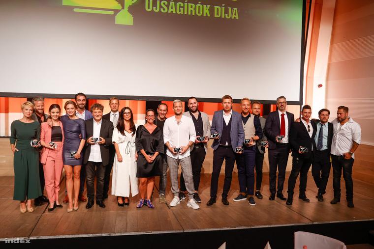 Tizenkét kategóriában, immár nyolcadik alkalommal hirdettek győztest a Televíziós Újságírók Díja gálán szeptember 8-án este a Budapest Music Centerben
