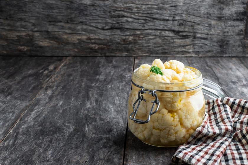 ecetes karfiol recept