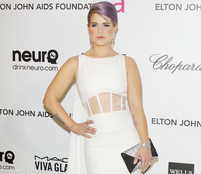 Ugrás 2013-ba: Kelly Osbourne hasvillantó ruhában Elton John Oscar-partiján