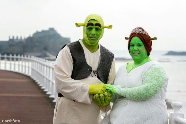 Egy klasszikus esküvői fotó. Biztos jól fog mutatni a vitrinben bekeretezve