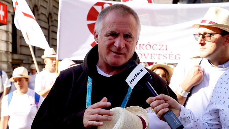 Így várták a pápát Budapesten