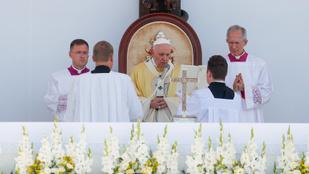 Ismét Magyarországra utazhat Ferenc pápa