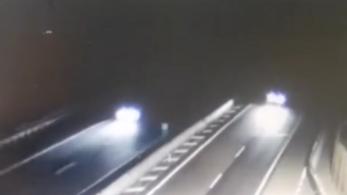 10 kilométeren át hajtott az olasz sztrádán forgalommal szemben