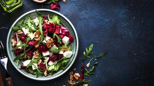 Íme egy remek salátarecept, ha szereted a fetát, de valami újat készítenél belőle
