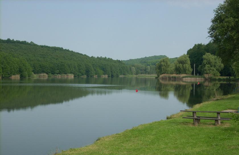 kistolmács tó