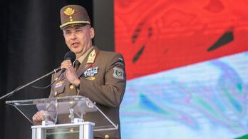 A magyar ügyészség szerint nem rémhír, hogy bombát szereltek a repülőgép vécéjében