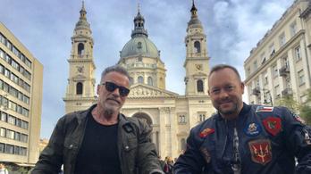 Kiderült, kihez érkezett Arnold Schwarzenegger Budapestre
