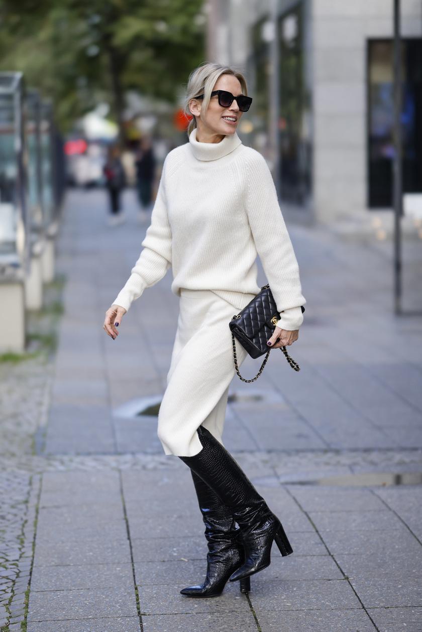Egy kötött pulcsi tökéletes kiegészítője a hűvösebb napoknak, ráadásul nagyon sikkes tud lenni. Válaszd bézsben, vajszínűben vagy fehérben a nőies hatásért, és viseld bátran szoknyával is.