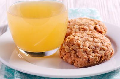 Puha zabpelyhes-kókuszos keksz – Rostdús nassolnivaló reggelire