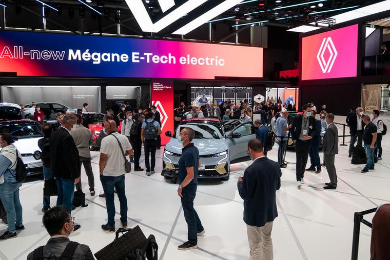 A Renault standja, ahol a Mégane-on felül egyetlen más típust sem állítottak ki, még az elektromosakat sem
