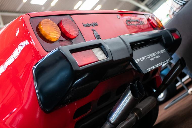 A Japla az Urus megjelenéséig az utolsó Lambo volt V8-as motorral