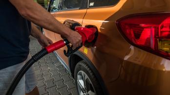 Tovább emelkedik a benzin ára pénteken, sosem volt még ilyen drága