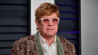 Műteni kell Sir Elton Johnt, két évet csúszik a búcsúturnéja