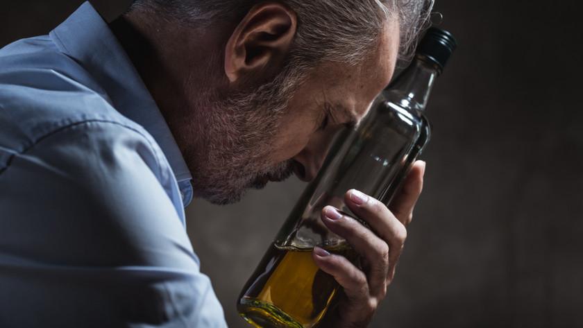 Aki egyszer alkoholistává vált, az soha nem lesz alkalmi ivó