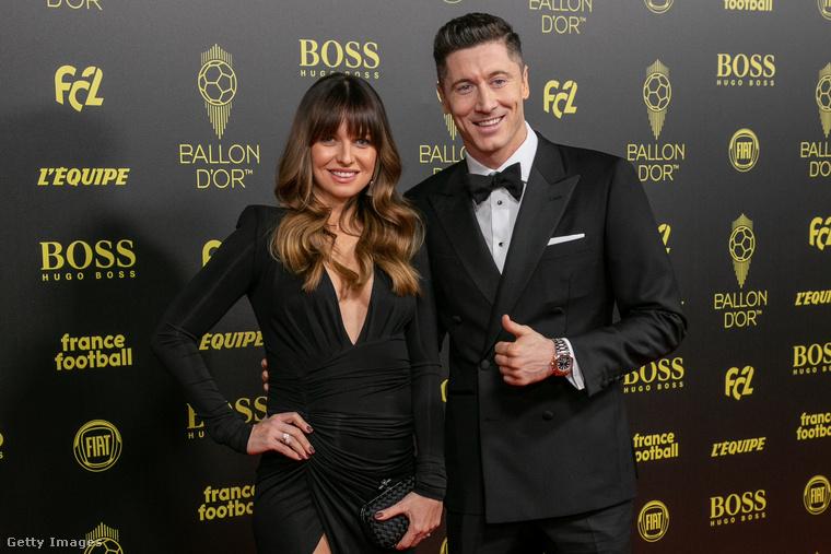 Anna Lewandowska 2013-ban ment feleségül a lengyel válogatott labdarúgóhoz, Robert Lewandowskihoz, aki az FC Bayern München támadója 2014 óta