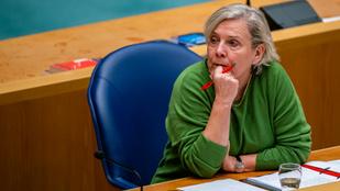 A sikertelen afganisztáni kimenekítés miatt mondott le a holland védelmi miniszter
