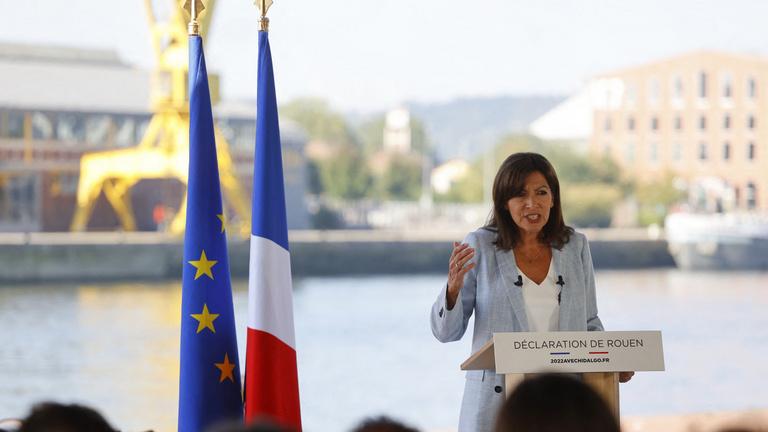 A párizsi polgármester is indul a francia elnökválasztáson