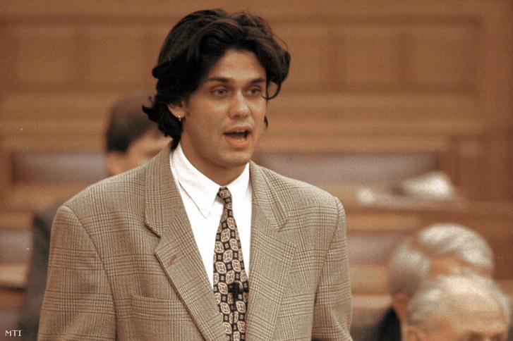 Deutsch Tamás jogász fideszes politikus ifjúsági és sportminiszter 1995. november 1-én