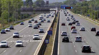 120-as megengedettet az autópályákon és a dízelek betiltását akarják a radikálisok