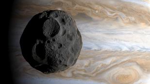 Itt a videó, valami nagy csapódott a Jupiterbe