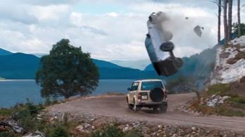 Ez nem trükkfelvétel: így törtek a Range Roverek az új Bond-filmben