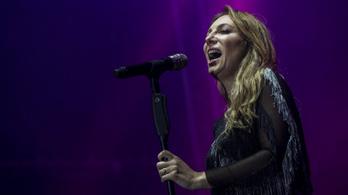 Félbeszakadt Rúzsa Magdi szombat esti koncertje