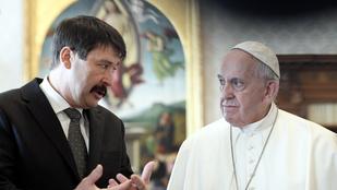 Áder János és Ferenc pápa végre divatos dolgokról beszélgettek