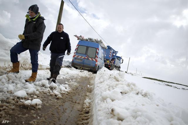 Hirtelen jött márciusi havazás Franciaországban