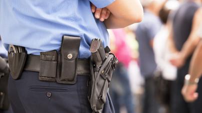 Miért kék a rendőrök egyenruhája?