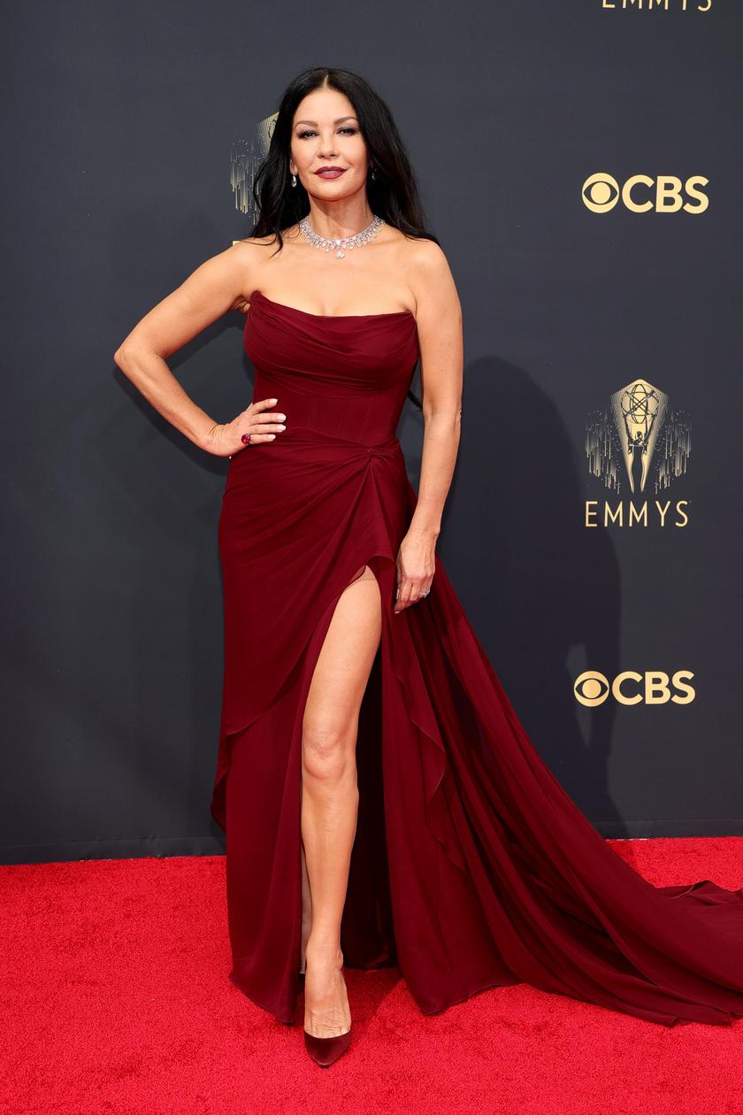 Catherine Zeta-Jones egy Cristina Ottaviano kreációban gálázott.