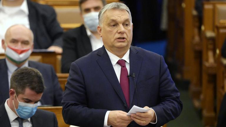 Orbán Viktor is beszél a parlament őszi ülésszakának kezdetén