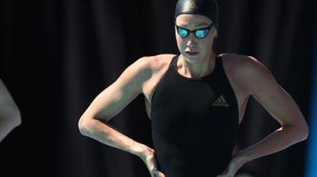 Koronavírus-fertőzés miatt kórházban az ausztrálok kétszeres olimpiai bajnok úszója