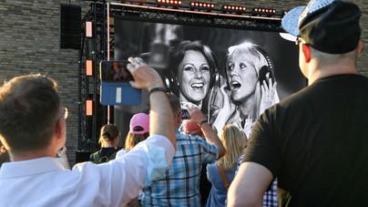 ABBA: hologramok, avatarok és digitálisan megfiatalított tagok turnéja