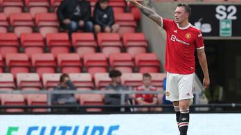 Húsz hónap után tér vissza sérüléséből a Manchester United védője